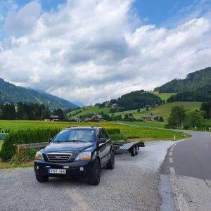 Tréleres gépkocsi mentés Ausztria